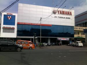 """""""bengkel dan showroom Yamaha"""""""
